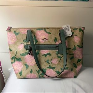 New Coach Rose Signature Taylor Tote